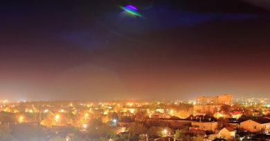President Obama End UFO secrecy: focus on it!